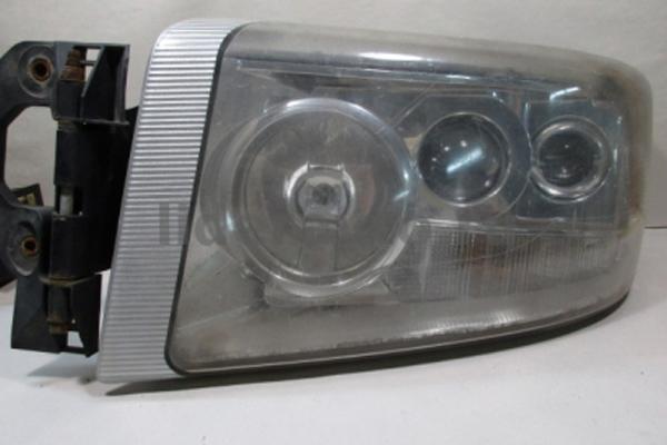 Фара Renault Premium DXI